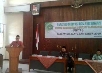 RAKOR FKDT:Kantor Kementerian Agama (Kemenag) Kabupaten Banyumas menggelar Rakor (Rapat Koordinasi) FKDT (Forum Komunikasi Diniyah Takmiliyah) di Aula Kemenag, kemarin. (20) (SM/Budi Setyawan)