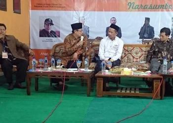 SARASEHAN : Para pemateri berdialog pada Sarasehan Menjelang Pilkada Purbalingga tahun 2020, di Panti Asuhan Mandini Siwi, PKU Muhammadiyah, Purbalingga, Minggu (6/10). (SM/dok)