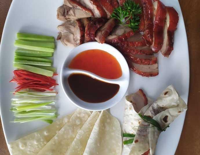 MENU BARU : Peking duck spesial menjadi menu baru di awal tahun. (Sm/dok)