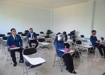 PRA YUDISIUM:Sejumlah mahasiswa SWU saat mengikuti acara Pra Yudisium di kampus tersebut.(SM/dok)
