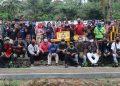FOTO BERSAMA USAI PELATIHAN: Peserta pelatihan berfoto bersama dengan tim PPUD Fakultas Ekonomika dan Bisnis Universitas Peradaban Bumiayu, usai kegiatan pelatihan, Kamis (13/8).