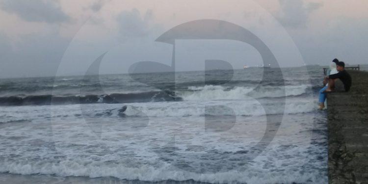 Gelombang Laut Selatan Cilacap Berpotensi Capai 4 Meter, Ini Penyebabnya