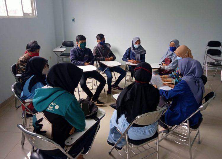 TECHNICAL MEETING:Suasana kegiatan technical meeting menyambut mahasiswa baru di STMIK Widya Utama (SWU), baru-baru ini.(SM/dok)