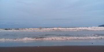 Waspada Gelombang 4 Meter di Perairan Selatan Cilacap
