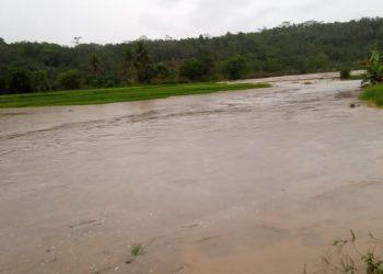 Hujan picu banjir bandang di Desa Bingkeng Kecamatan Dayeuhluhur