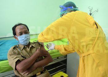 vaksin pelayan publik