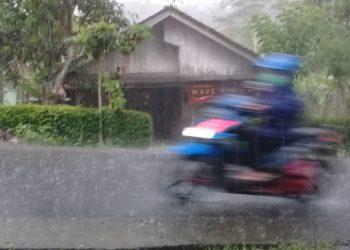 Hujan Berpotensi Guyur Malam Takbiran di Cilacap dan Banyumas