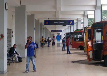 angkutan umum mudik